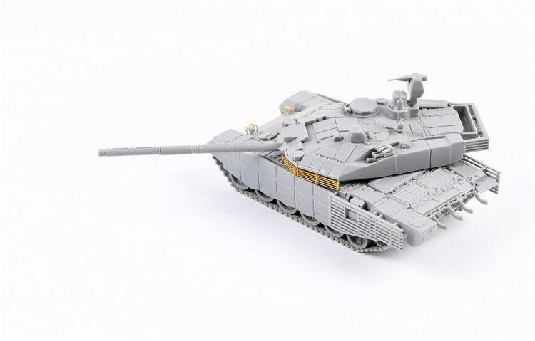 0004813_russian-t-90m-main-battle-tank-early-type