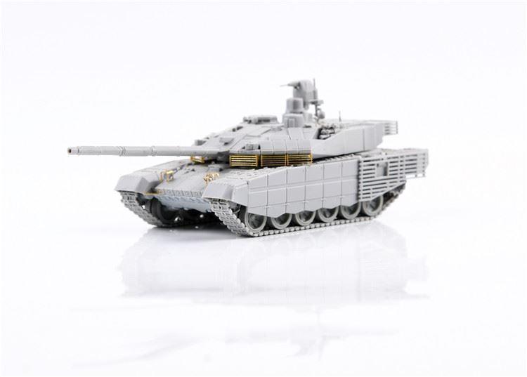 0004814_russian-t-90m-main-battle-tank-early-type