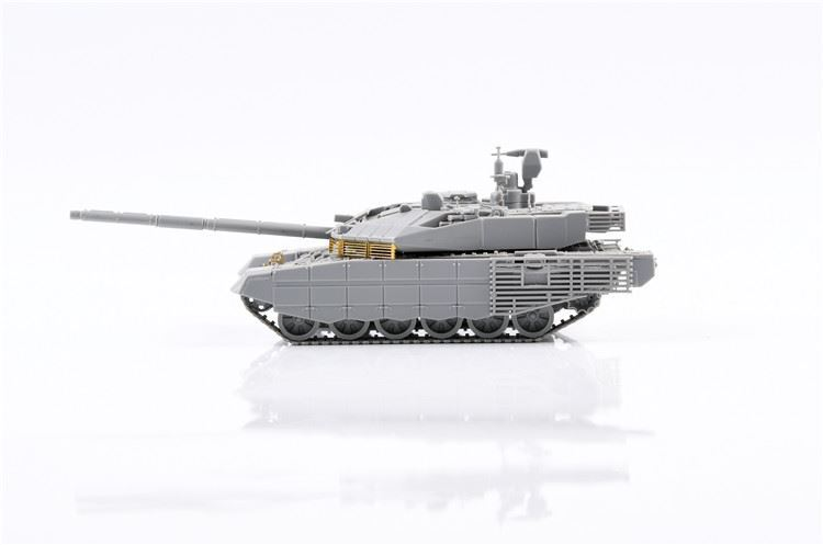 0004815_russian-t-90m-main-battle-tank-early-type