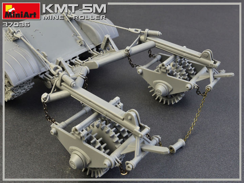 1/35 KMT-5M MINE-ROLLER 37036