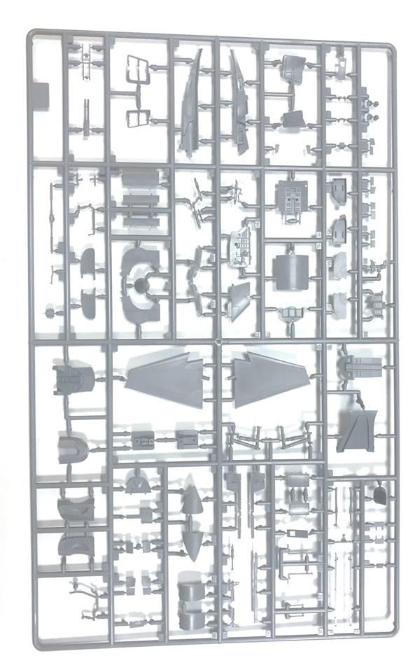 1/48 Yak-130 4821 Zvezda