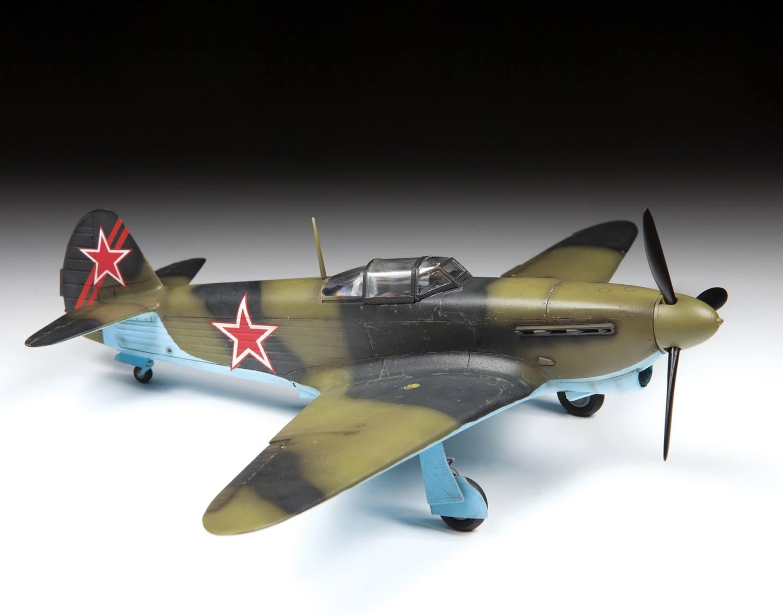 1/48 Yak-1b Zvezda