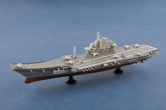 1/1000 PLA Navy Aircraft Carrier LiaoNing CV-16 07313